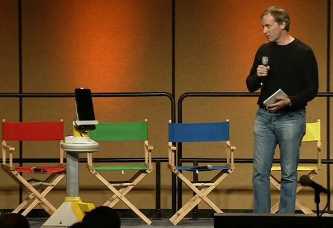 Google I/O 2011: главата на робота AVA е Motorola Xoom
