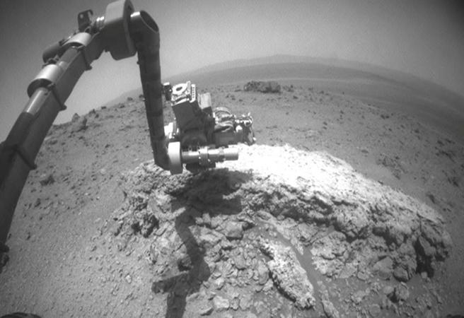 Странен камък на Марс озадачи учените