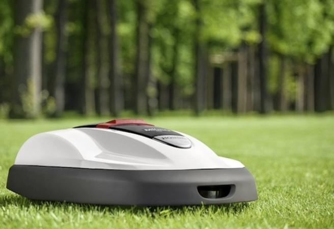 Honda представи робот-косачка за трева