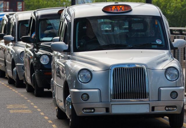 Безплатен Wi-Fi в лондонските таксита