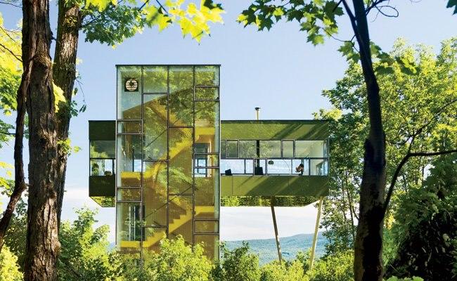 Tower House е вдъхновена от къщичките по дърветата