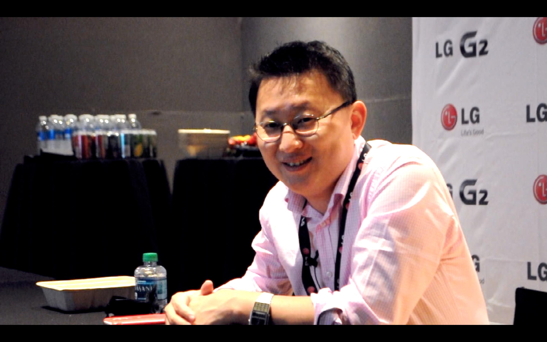 ВИДЕО: Интервю с д-р Рамчан У от LG