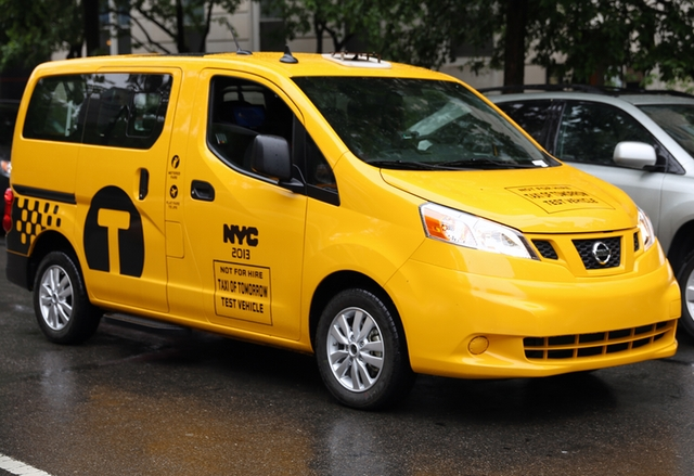 Новите таксита на Ню Йорк влизат в употреба през октомври