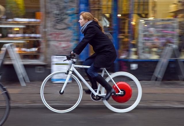 Copenhagen Wheel превръща всяко колело в електирчски хибрид, срещу $699 долара