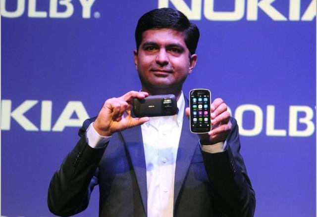 Индия иска да блокира сделката между Nokia и Microsoft