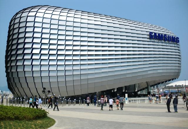 Слабо началото на финансовата година за Samsung
