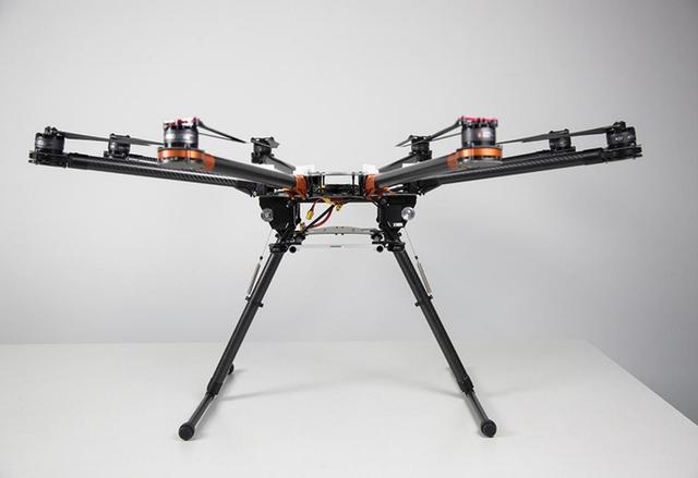 CES 2014: DJI S1000 е професионален октакоптер за видеографи
