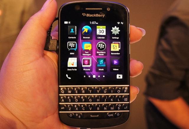 BlackBerry: Новите ни смартфони ще бъдат с физически клавиатури