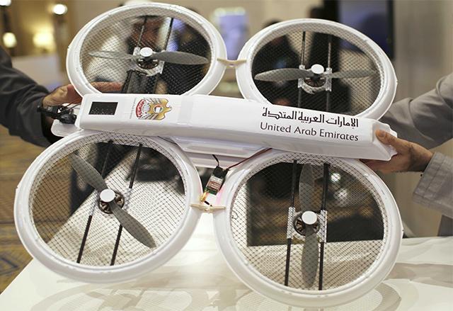 Летящи дронове, сканиращи ретината, ще правят доставки в Дубай