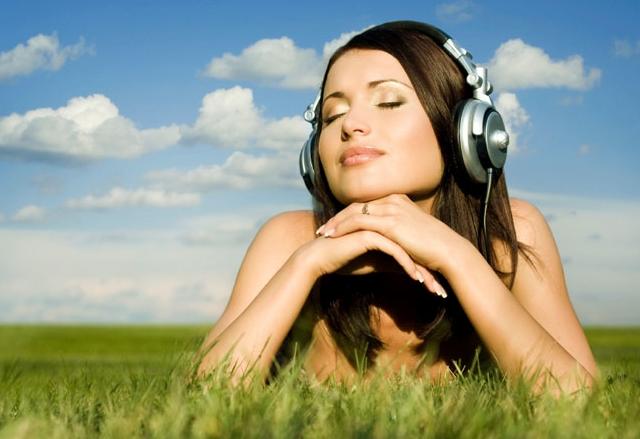 Amazon работи по безплатна услуга за стрийминг на музика
