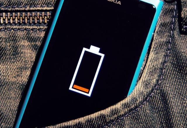 Защо не бива да се надяваме на (много) по-добри батерии