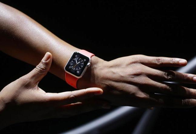Apple ще пусне версия на Watch, която ще работи без iPhone (слух)