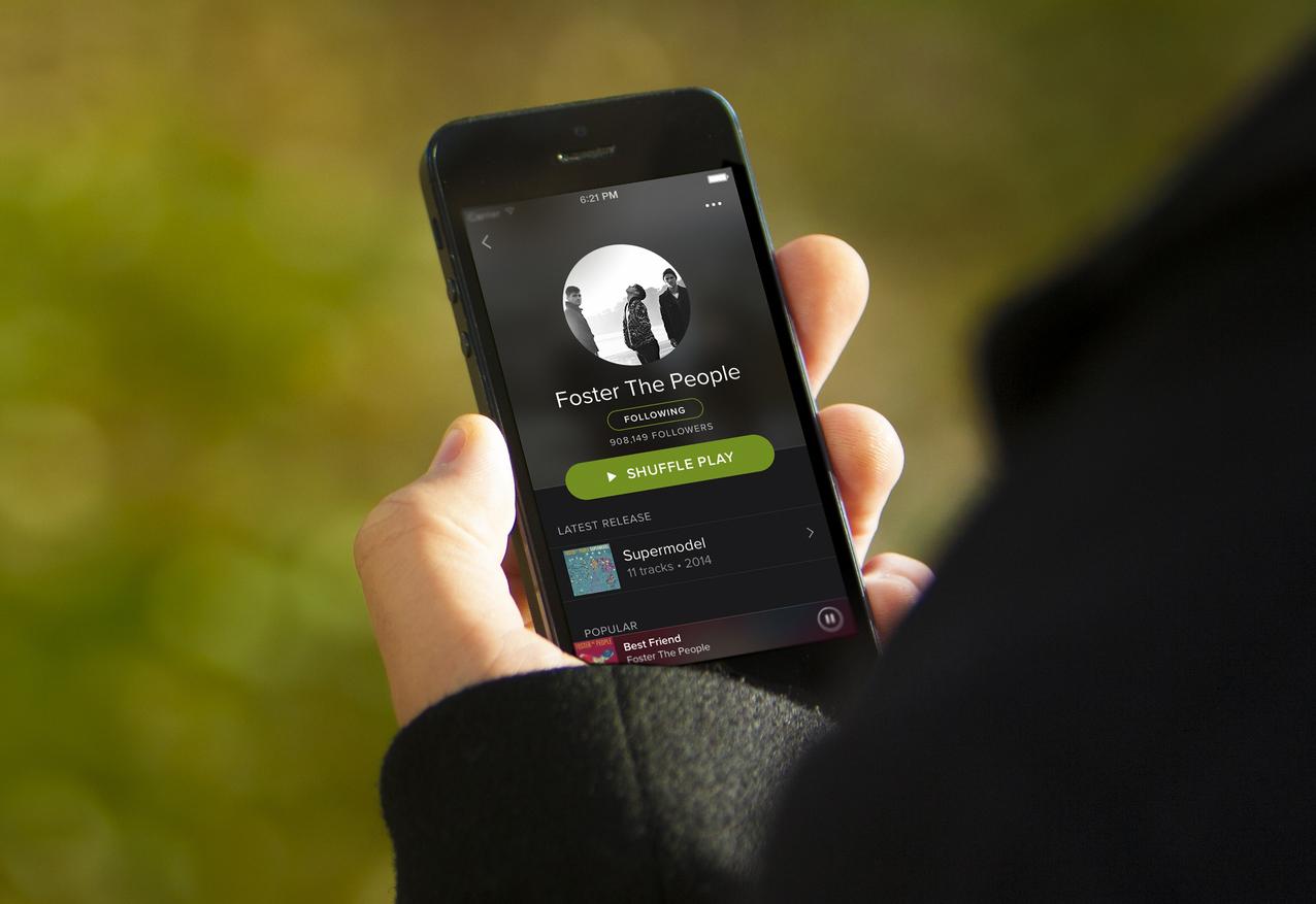 Стриймингът носи на музикалния бизнес повече пари от дигиталните продажби