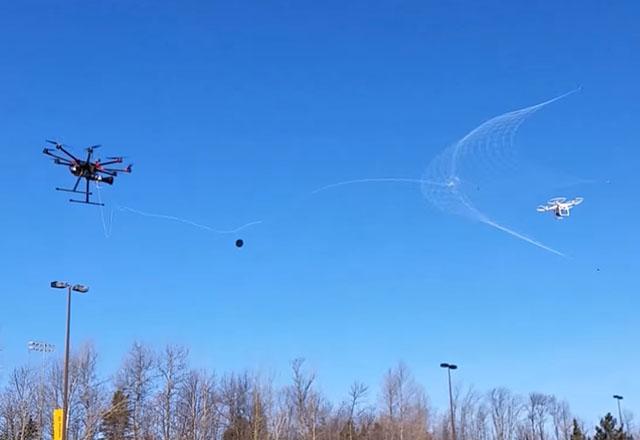 ЕС създава работна група за регулиране на дроновете
