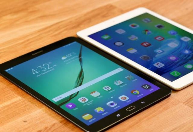 Нов патент разкрива повече подробности за сгъваемия таблет на Samsung