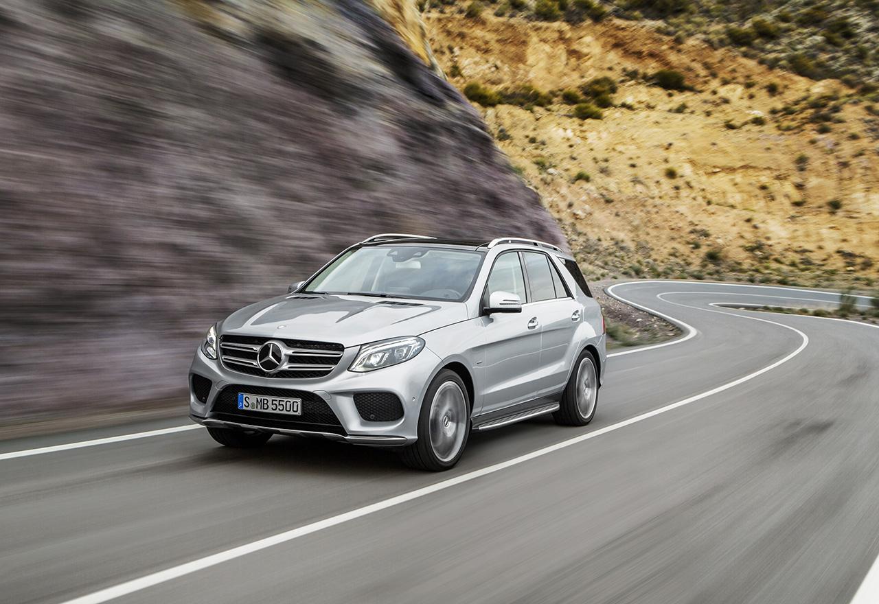 Mercedes GLE 350d 4Matic: ML, оставяш ни в добра компания (тест драйв)