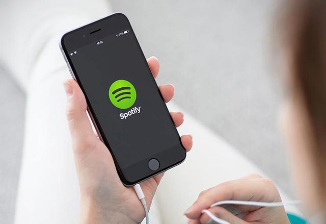 Spotify започна да продава на рекламодатели личните данни на потребителите