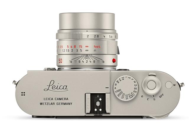 Leica пусна титанова версия на своя компактен фотоапарат M-P