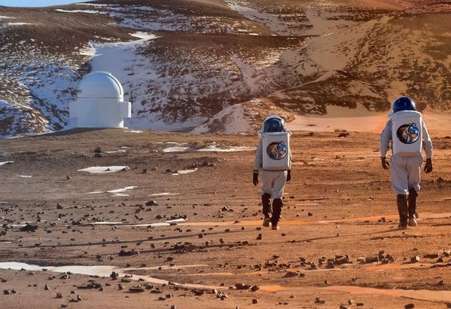 Мъск иска да превърне Марс в космическа бензиностанция