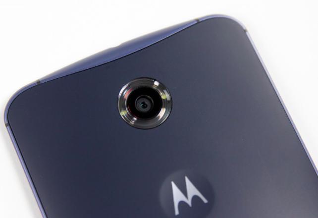 Lenovo ще ползва името Moto за всички следващи смартфони