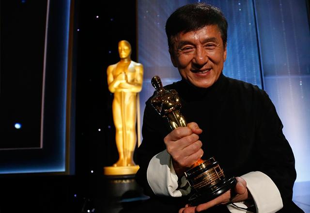 "Джеки Чан бе удостоен с Почетен ""Оскар"" на Governors Awards 2016"