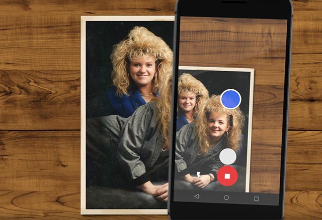 PhotoScan е ново приложение на Google, с което ще дигитализирате старите си хартиени снимки