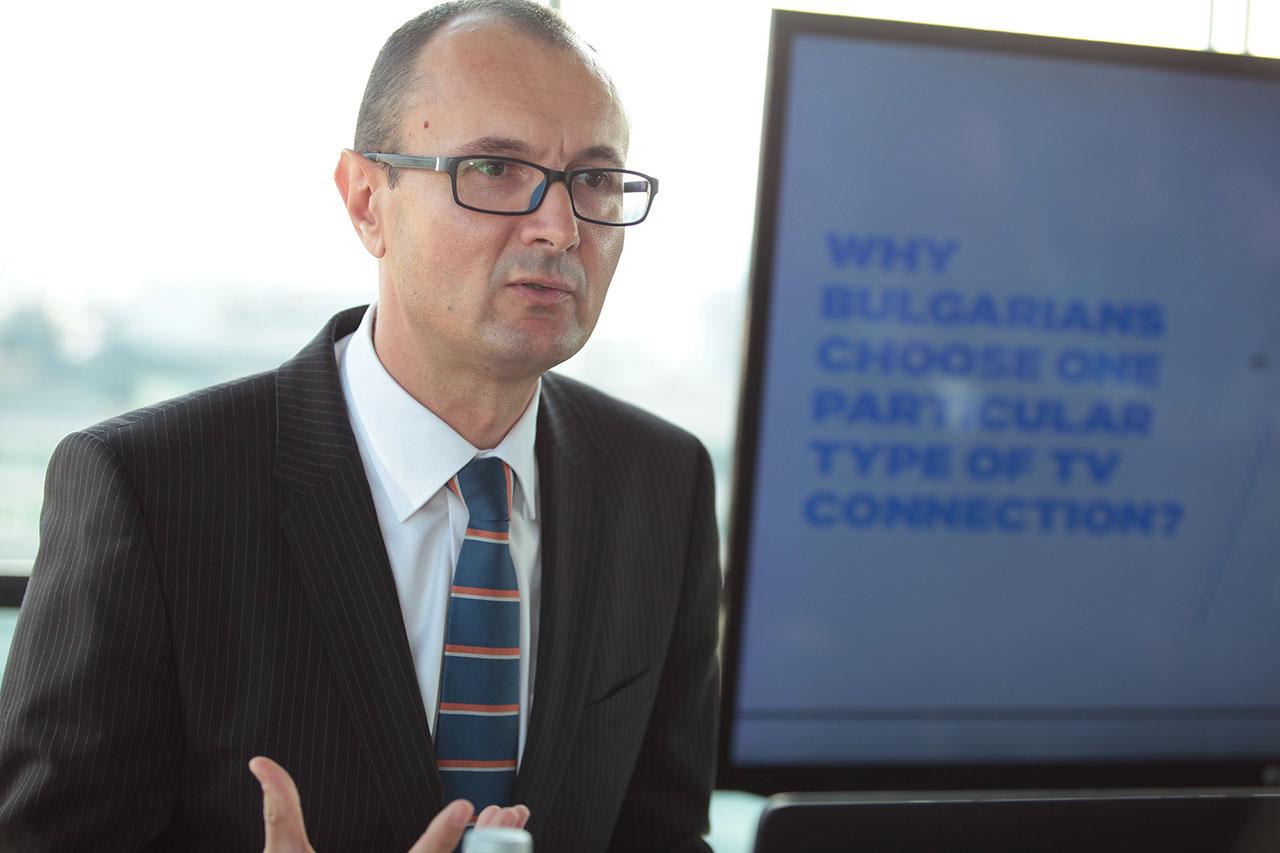 Българите обичат телевизията и търсят HD качество според проучване на ASTRA България