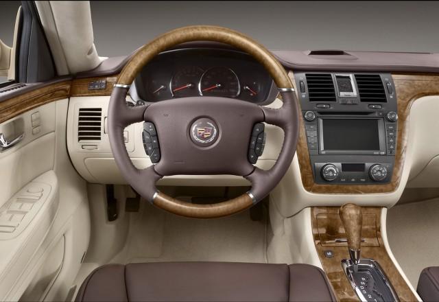 Cadillac вижда в автономните коли края на традиционната автомобилна индустрия