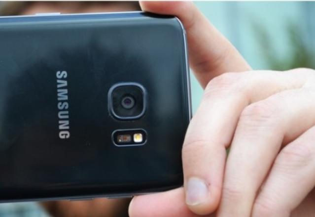 Galaxy S8 може да има страхотна селфи камера