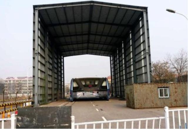 Китайският автобус на бъдещето вече гние в гараж