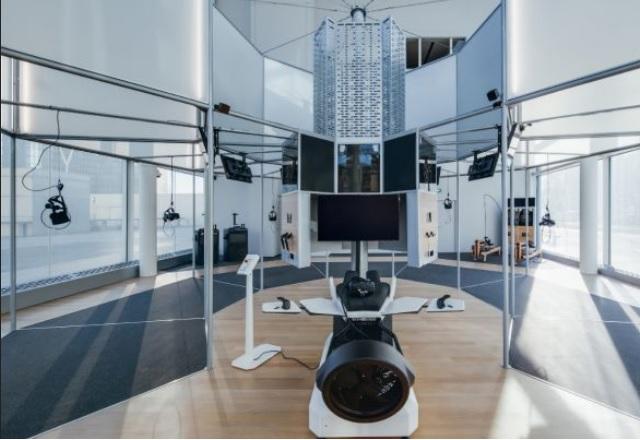 Най-големият VR център в Европа отвори врати в Париж