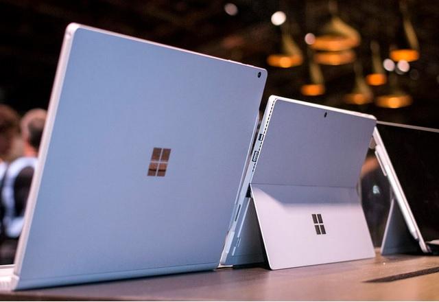 Microsoft: професионалистите са разочаровани от MacBook Pro и продажбите на Surface го доказват