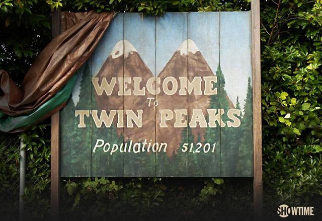 """39 от основните актьори в сериала """"Туин Пийкс"""" се завръщат в него 25 години по-късно"""