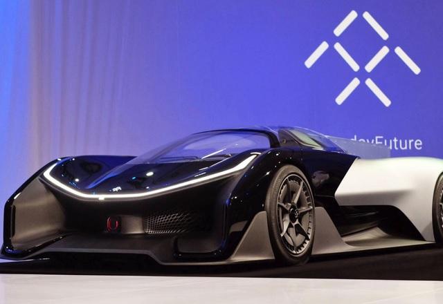 Преди да направи революция при е-автомобилите, Faraday Future може просто да фалира