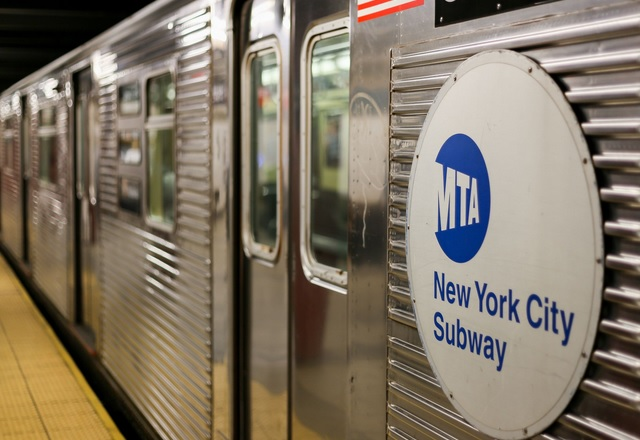 Всички станции на метрото в Ню Йорк вече имат Wi-Fi