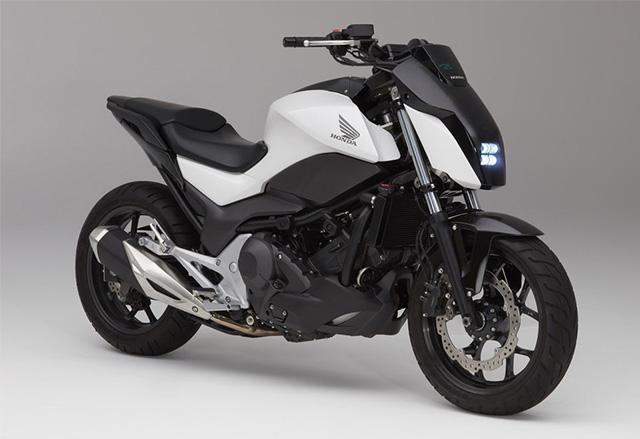 Honda Riding Assist е мотор, който пази себе си в изправено положение, когато е в покой
