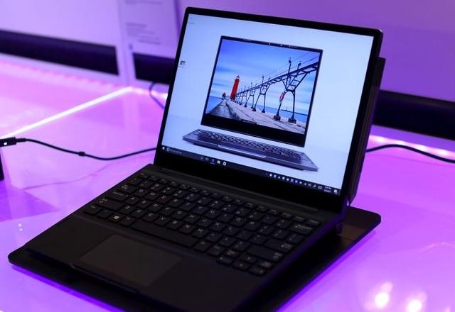 Dell показа първия лаптоп с безжичното зареждане