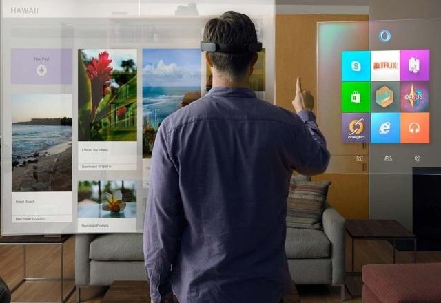 HoloLens се продава в хиляди и това е достатъчно за Microsoft