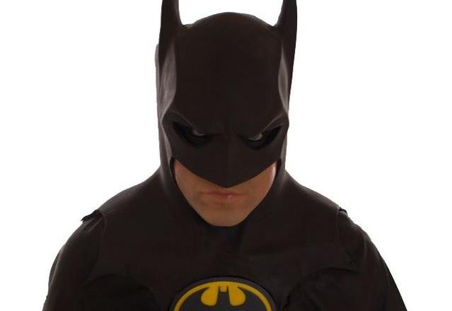Купиха костюма на Майкъл Кийтън от Batman Returns за 41 000 долара