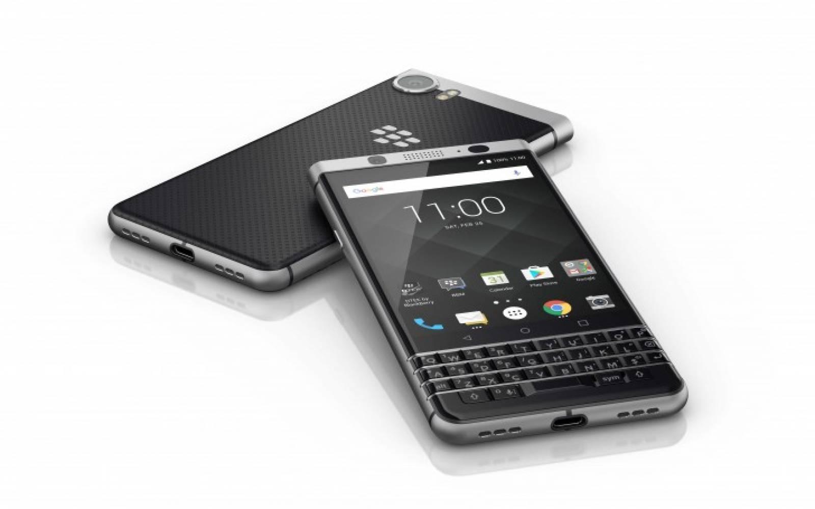 Клавиатурата е голямата звезда в BlackBerry KEYone