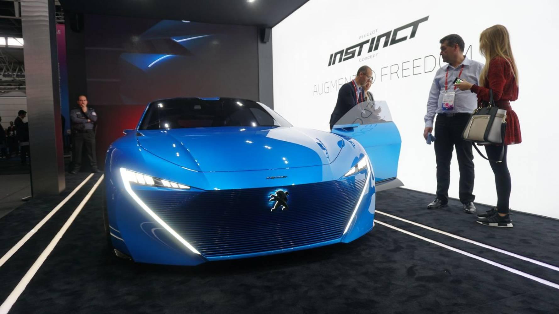 MWC 2017: Peugeot Instinct е поглед към близкото бъдещете на автономните автомобили