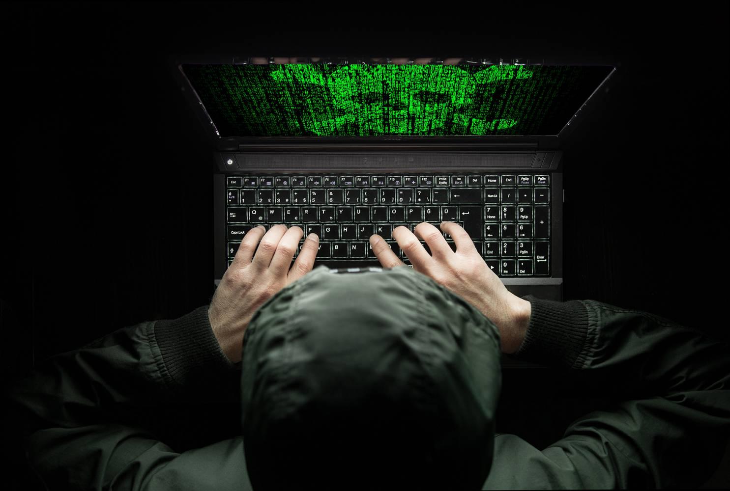 Mr. Robot или Анонимните? Чие дело са най-големите хакерски атаки в историята на интернет?