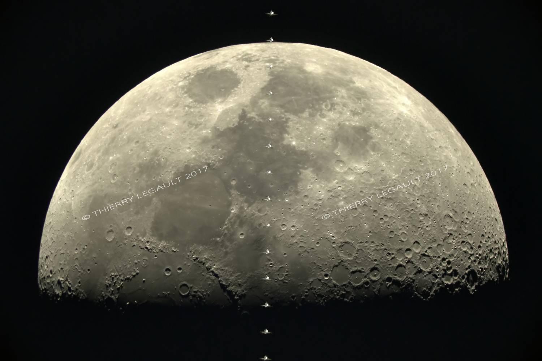 Фотоапарат α7s на Sony засне движението на Международната космическа станция на фона на Луната
