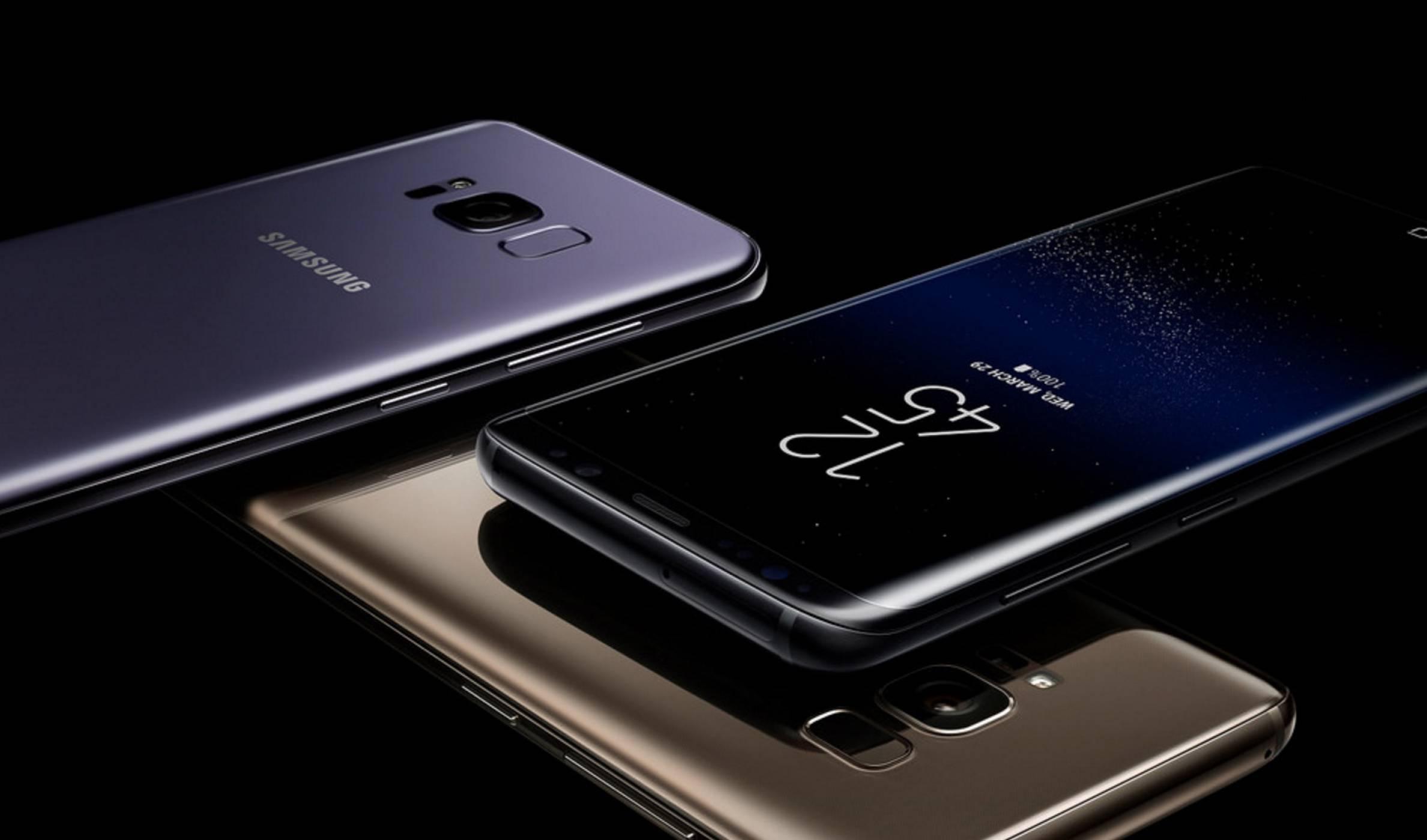 Мобилните продажби спадат, но приходите на Samsung пак са рекордни