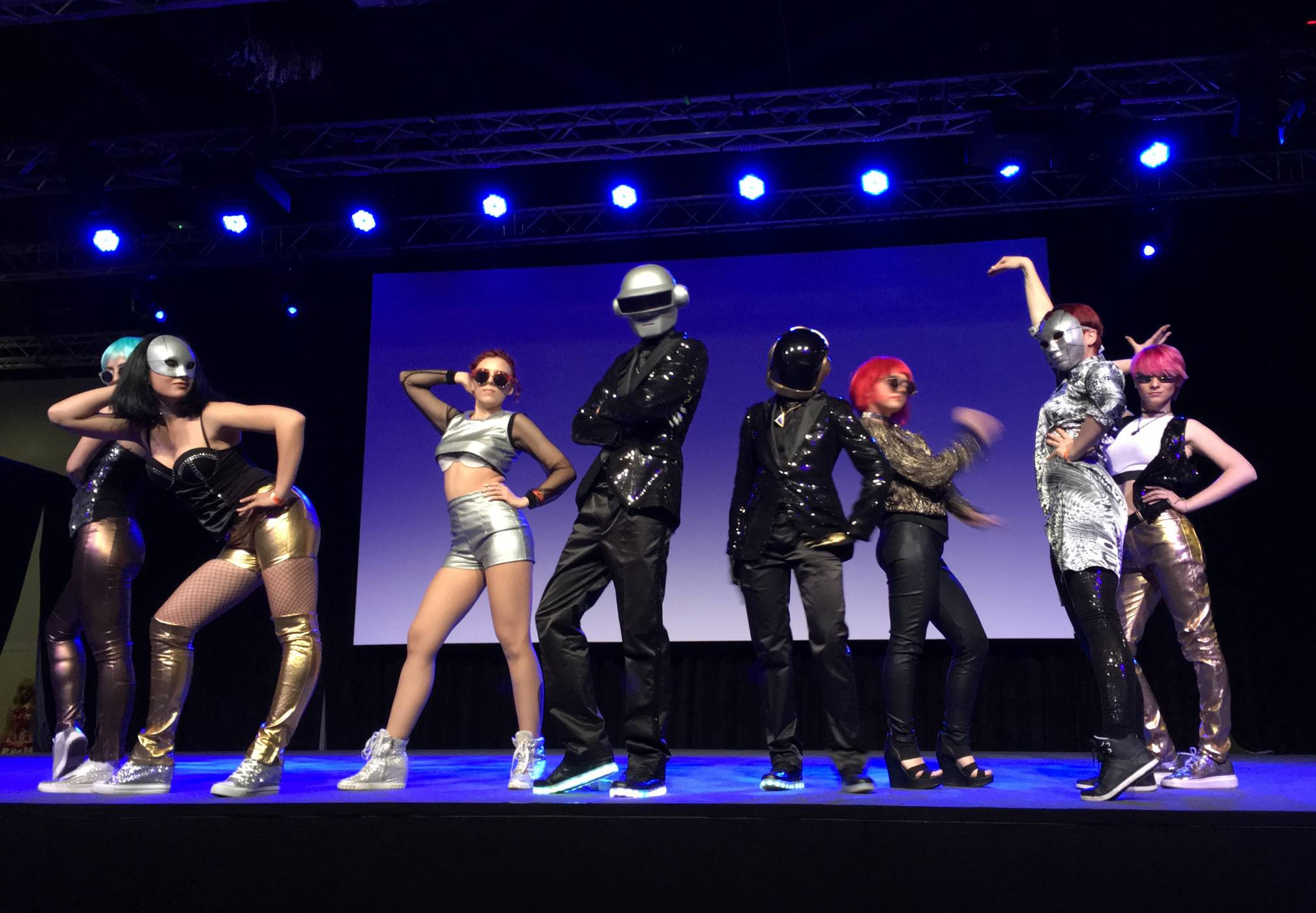 Aniplay 2017: за старите, младите и танцуващите