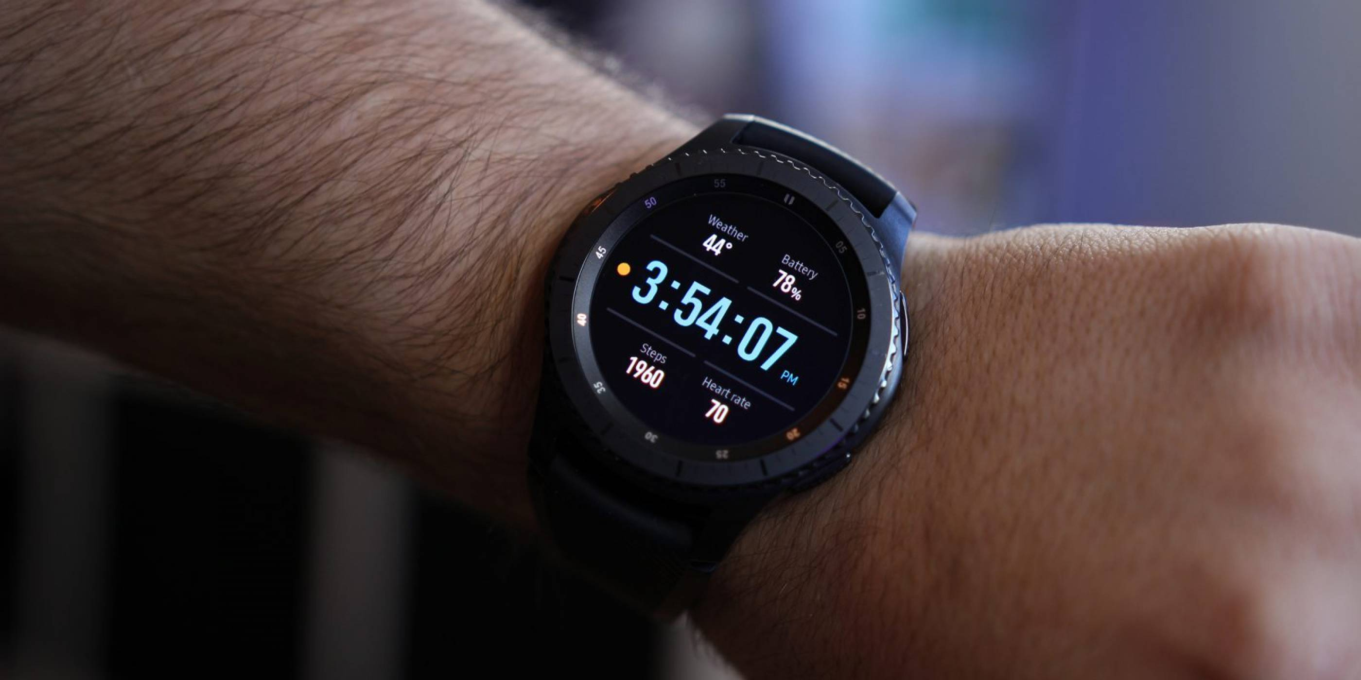 Samsung ще подари Gear S3 на всички присъстващи на конференцията на Tizen