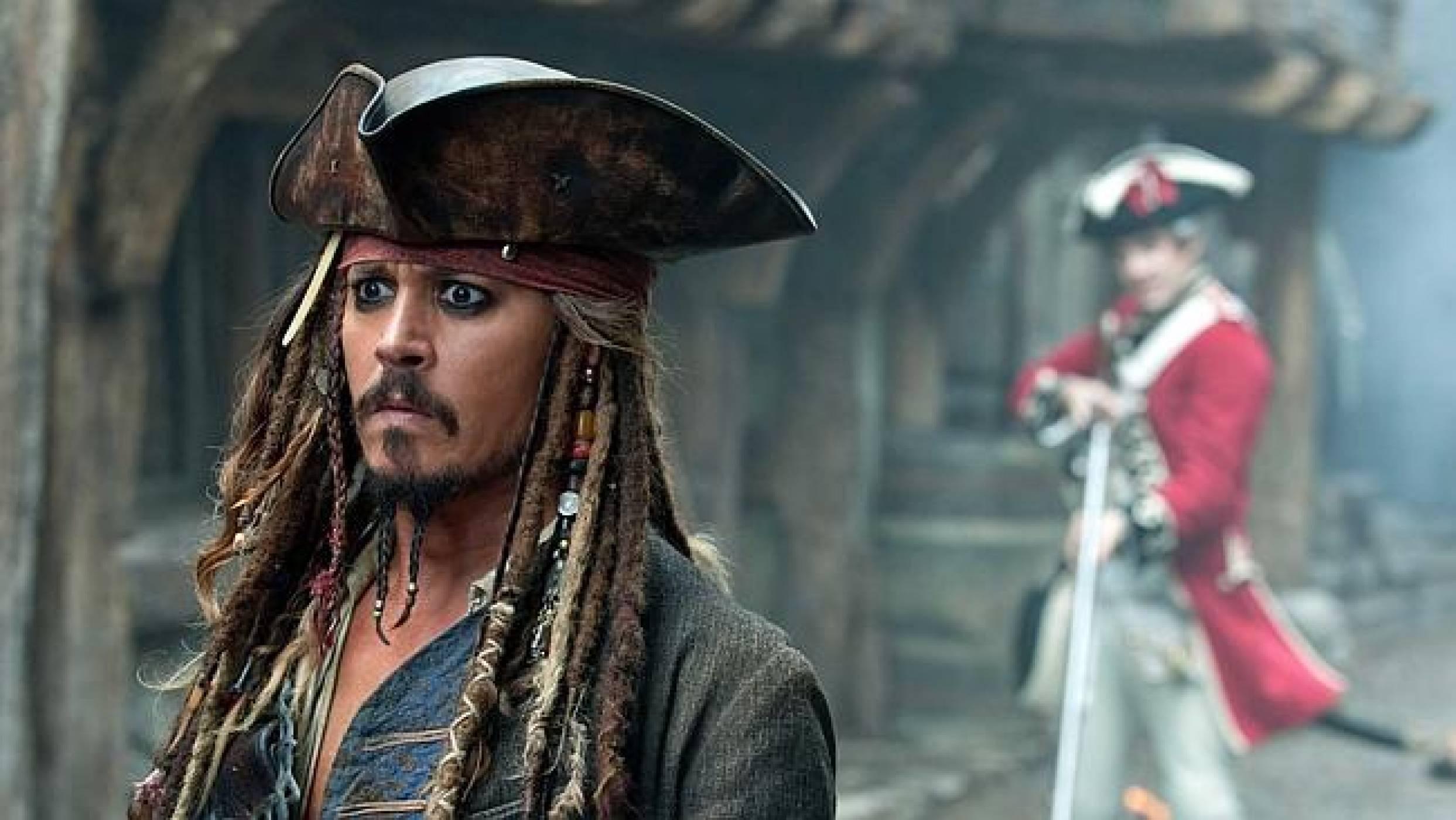 """Интернет пирати тероризират """"Карибски пирати"""" с искания за откуп"""