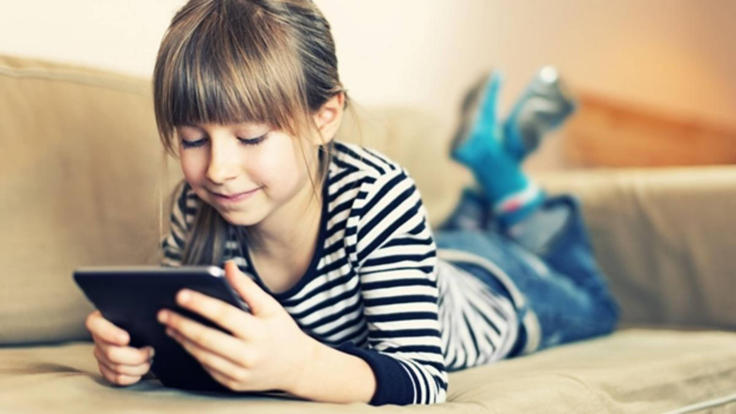 Facebook разработва детско приложение за чат с много защити