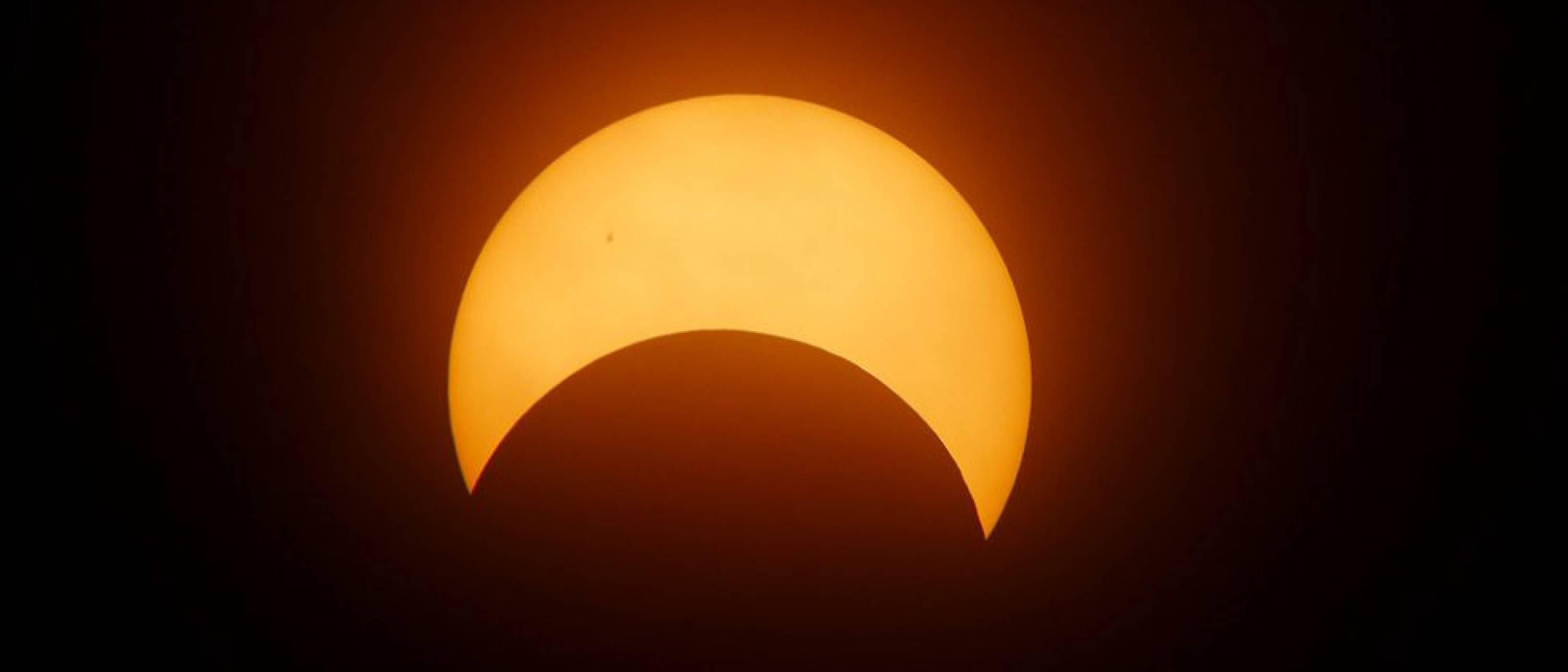 NASA ще предава на живо голямото слънчево затъмнение през август