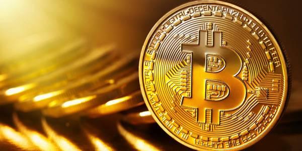 Bitcoin отбеляза нов рекорд с оценка от 3000 щатски долара за една крипто монета